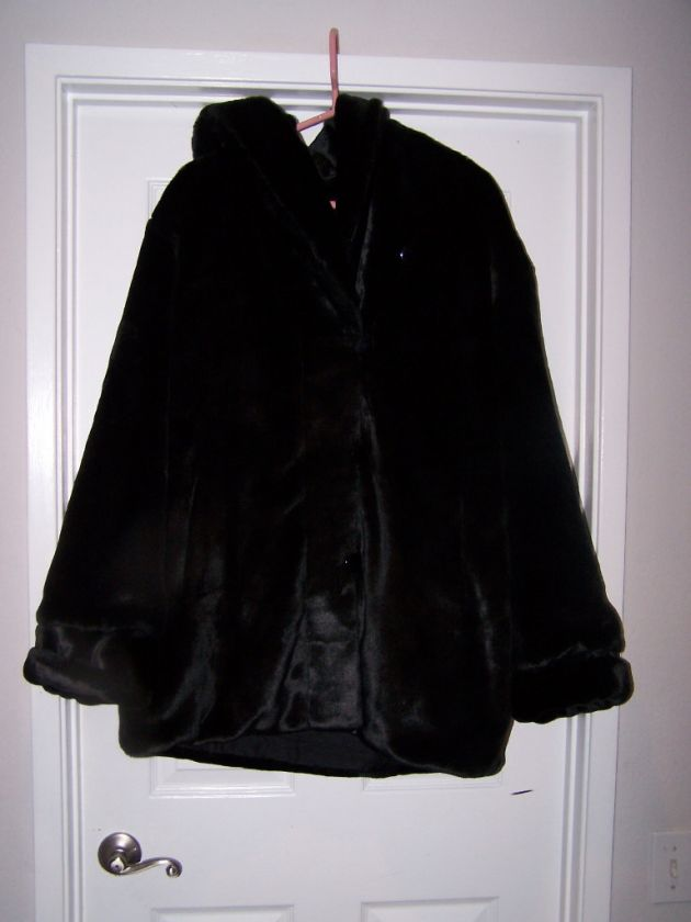 WOMANS DENNIS BASSO BLACK FAUX FUR COAT WITH HUGE COLLAR/HOOD SIZE 1
